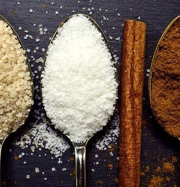 Jaggery vs. Sugar, which one is healthier?